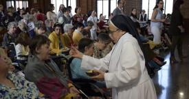 La Caridad de Dios encarnada. Cottolengo 75 Aniversario (fotos)
